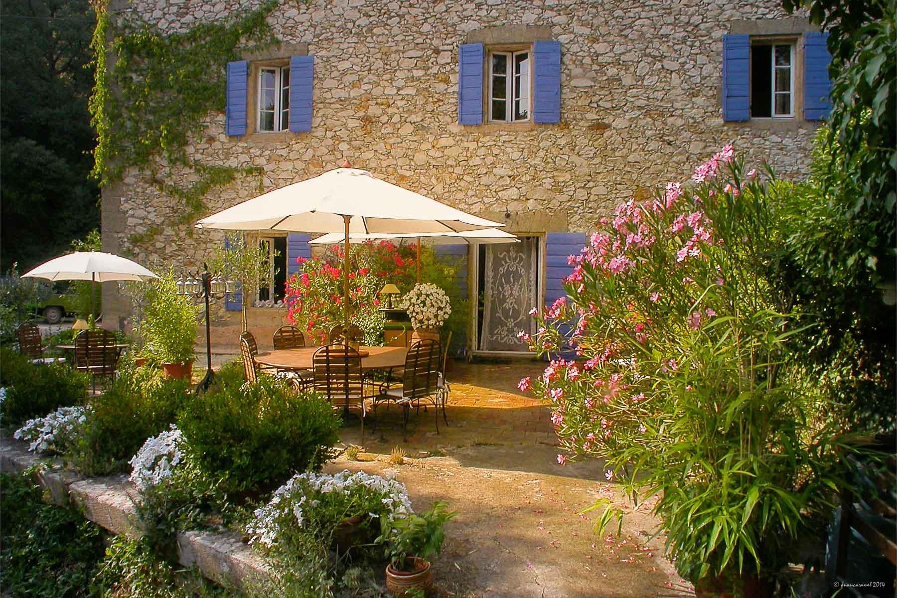 Moulin du rossignol maison d 39 h tes de charme pr s d 39 aix for Chambre hotes rognes 13